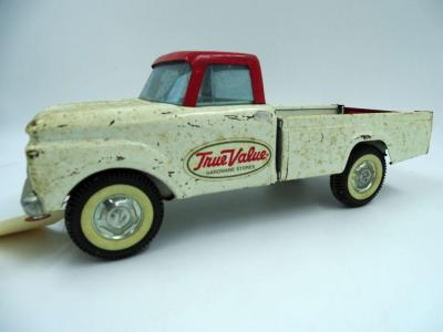 Nylint Toys True Value Hardware Stores metal Ford pickup, end gate opens, some rust & chipped paint, 13""