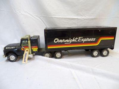 Nylint Overnight Express metal semi, 27""