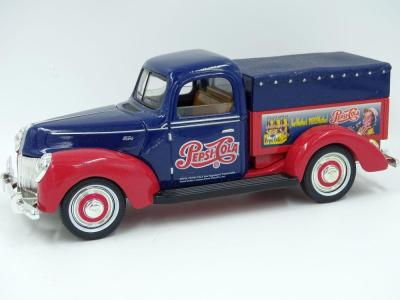 Golden 1940 Ford Pepsi-Cola delivery truck, steel replica, back left bumper broken, Certificate of Authencity No. 1000931