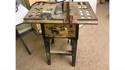Nu-Way Model 4002 Table saw