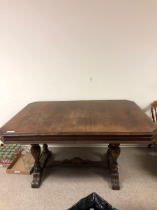 "E-Z TABLESLIDE Oak Dining Table, mfg Jefferson Wood Working Co, shows wear, scratches, fading, cup rings, 30"" x 60"" x 43"""