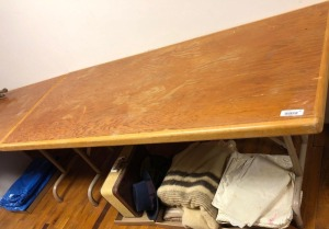 "Wooden Table w/metal legs 6' x 2'4"" x 2'6"" & 6 metal Chairs (does not include items underneath)"