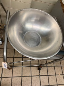 "22"" Metal Bowl on Rolling Stand"