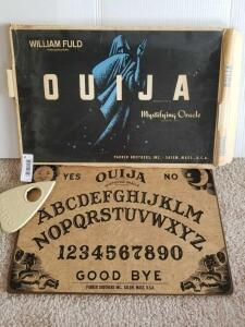 Vintage William Fuld Ouija Board (Pieces May Be Damaged or Missing)