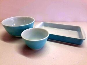 2 Blue Pryrex Nesting bowls and Blue Pyrex 8x12 ovenware