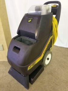 Super Service Carpet Shampooer Stallion 8 SC, turns on