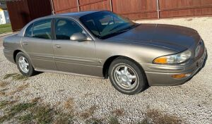 2001 Buick LeSabre Sedan, 4 door, 3.8-L V-6 engine, Power Door Locks, Approx 125000 miles (odometer not always readable), VIN #1G4HP54K014230845