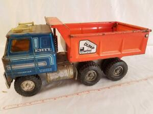 Ertl Transtar Automatic Dump Truck, rusted, paint chipped