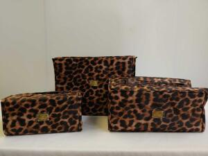 JM New York Set Of Three Makeup/Toiletry Travel Bags