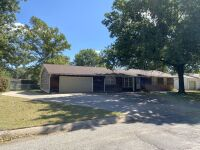 611 N Morningside Dr, Wellington KS - 3