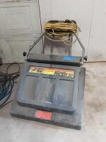 Supersuction Pacer 30 Vacuum- plugged in and runs