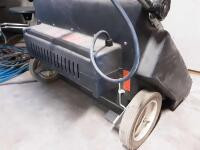 Supersuction Pacer 30 Vacuum- plugged in and runs - 4