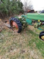 "1952 JD ""MT"" gas tractor, narrow front, 2pt hitch, no draw bar, Ser #38711, plus older rotary mower, runs - 8"