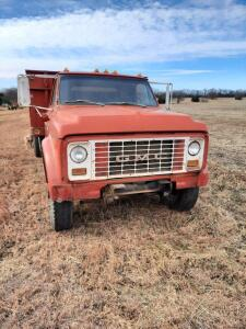 1970 GMC 65 tandem drag axle gas truck, 5 & 2 speed, 22' bed, odometer reads 7410, runs