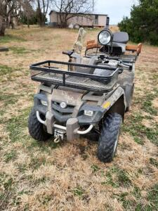 Bombardier #400 4-wheeler, Outlander Max, gas, camo color, mounted gun rack & spotlight, 1216 miles