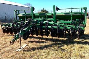 "2003 Great Plains Solid Stand 20ft grain drill, Model CPH-20, 32 hole, 7 1/2"" spacing, dual markers"