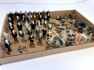 3in American Presidents, Miniature Batman and Robin, toy soldiers and horses